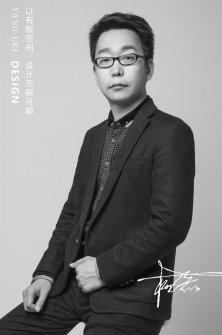 <b>杨磊</b>